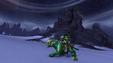 Spankyhunter's shows us his colour coordinated mount, transmog & pet